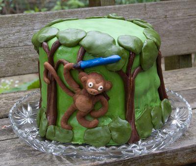 monkey lightsabe marshmallow fondant cake