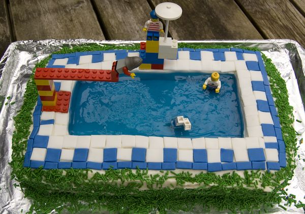 Pool Party Cake - Sweet Thing(S)